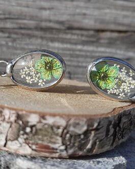 Kolczyki z zielonym kwiatkiem